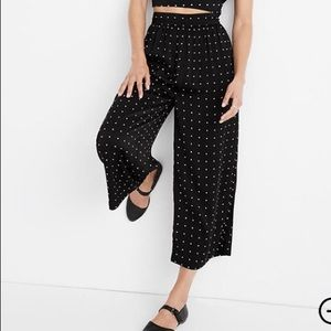 Huston Pull-On Crop Pants in Grid Dot